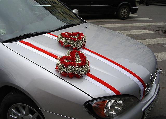Как украсить машину на свадьбу фото своими руками фото
